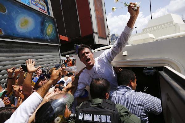 Castigan a Leopoldo lopez por 15 días en la cárcel