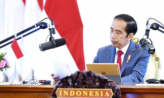Jokowi Jadikan Polisi Sebagai Tukang Gebuk Pemerintah, Demokrasi di Indonesia Semakin Semu
