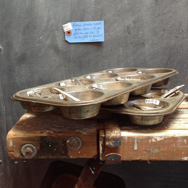 repurposing muffin tins, storage for jewelry parts   MamaBleu.com