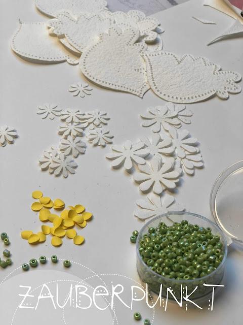 Frühlings - Vogel - Blumen - Mobile, Papier, DIY, Tutorial, Basteln, Ostern, Fensterdekoration, Filigran,