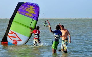 Kite instruction De Silva´s KiteResort Kalpitiya