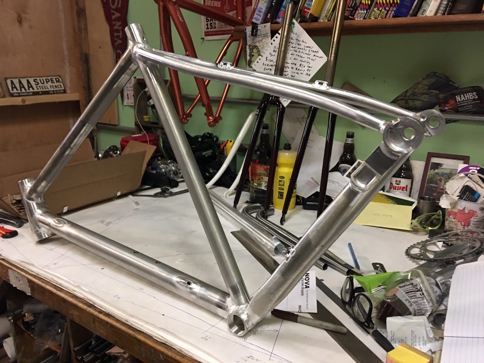 7715dfe9306 ... flat mount rear caliper runs inside the down tube. #2. The top tube has  a flatter profile for more comfort when shouldering. #3. I have done away  with ...