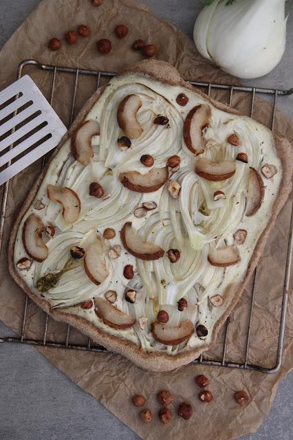 Pizza fenouil-poire-noisette