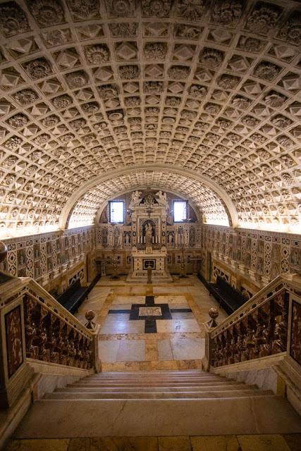 Cattedrale di Santa Maria Assunta e Santa Cecilia-Cripta-Cagliari