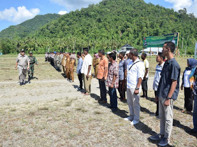 Tagop Sudarsono Soulisa Buka TMMD ke-104 di Buru Selatan