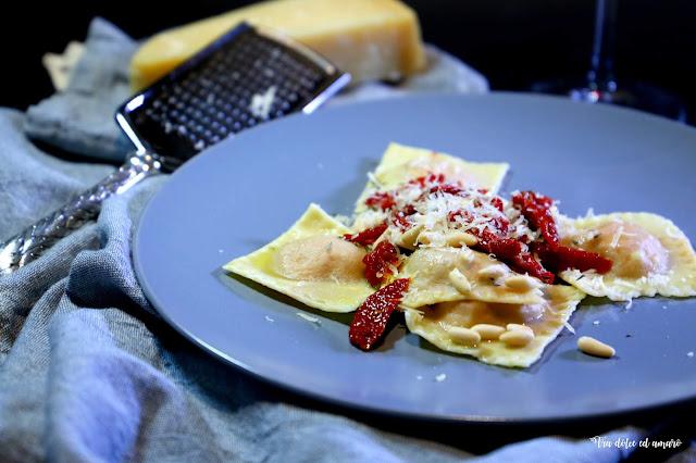 Trost der Pasta: Ravioli ai pomodorini secchi con ricotta