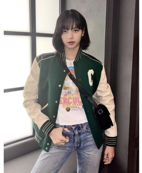 Lisa (Blackpink Member) Age, Birthday, Height, Parents, Bio, Facts, Net Worth, Instagram, and more.