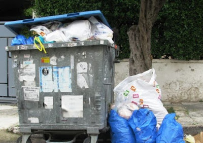 Έκκληση στους πολίτες να μην κατεβάζουν τα σκουπίδια τους ...