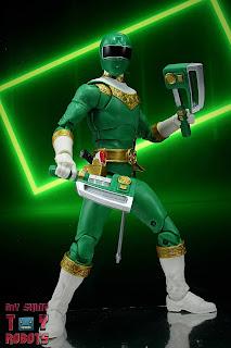 Power Rangers Lightning Collection Zeo Green Ranger 02