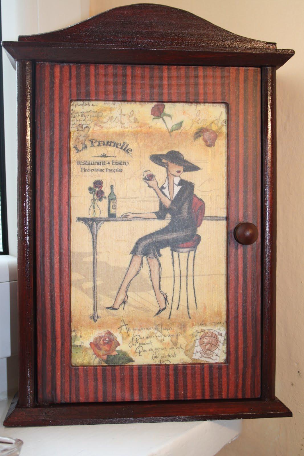 Margaret Teacher's Pastime: decoupage: key cabinet #4