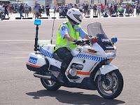NZ_Police_Motorcycles, Foto '111 Emergency', Wikimedia, CC by 2-0