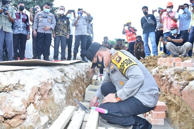 Peletakan Batu Pertama Pembangunan Gedung Polres Batang Hari Oleh Kapolda Jambi