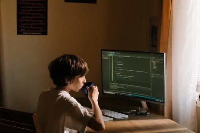 La tahzan, jika kesulitan keuangan, inilah 12 Situs terbaik buat belajar koding online