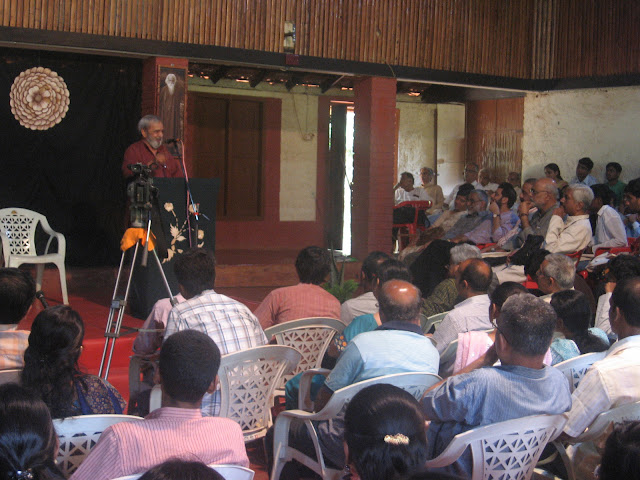 Dr. U R Ananthamurthy addressing the audience at Heggodu