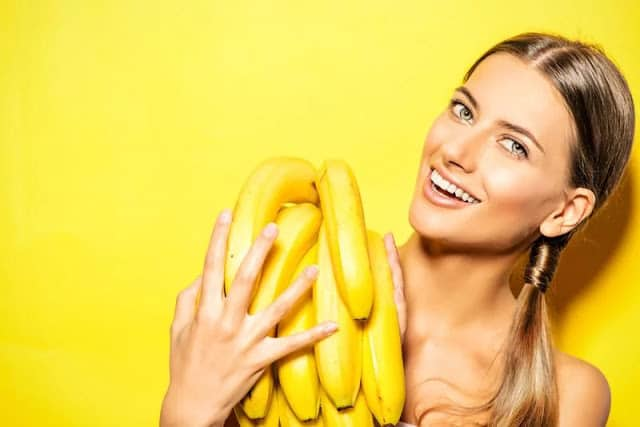 banana Helps to skin conditions