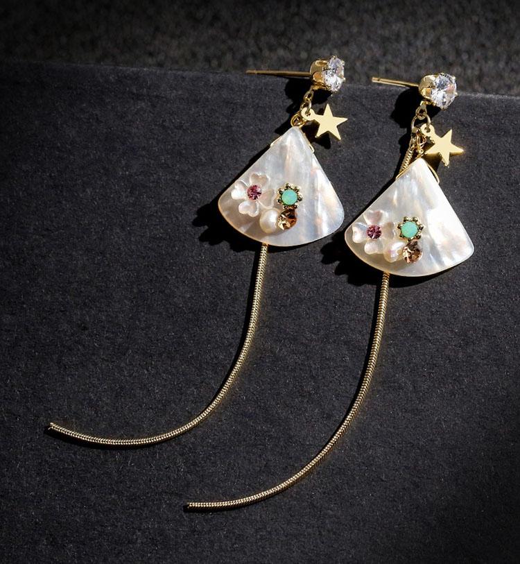 茉莉優雅貝殼流蘇耳環