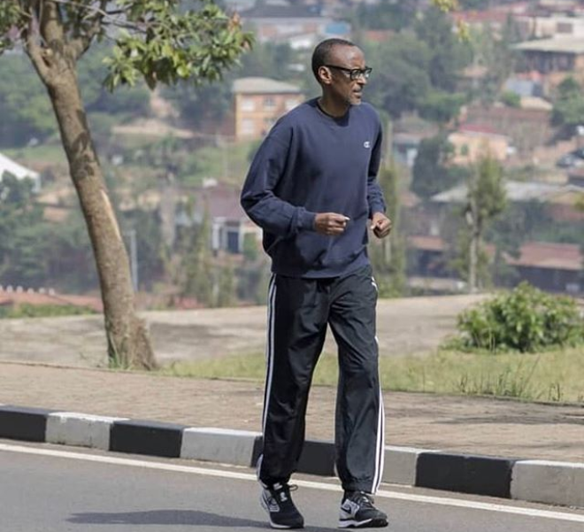See photo of Rwandan President Paul Kagame jogging around Kigali without security