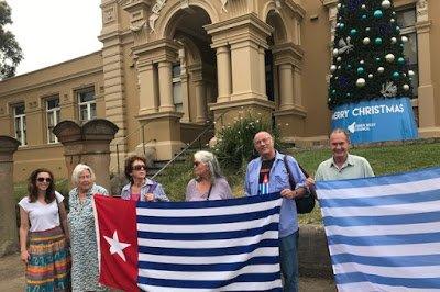 HUT OPM, Bintang Kejora Berkibar Bareng Bendera Australia dan Aborijin
