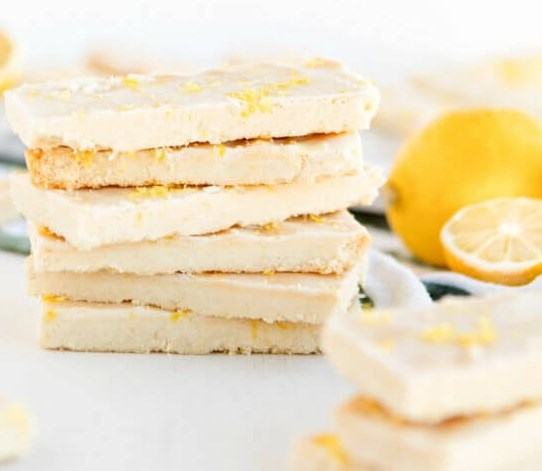 ENGLISH LEMON SHORTBREAD STRIPS #desserts #cookies