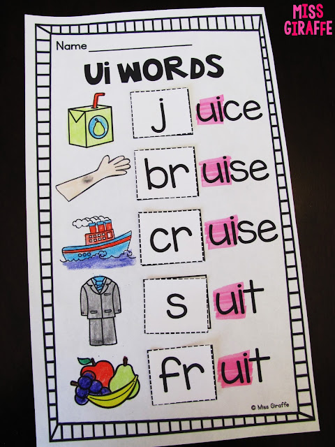 Phonics activities for first grade that are seriously so much fun... I love all of these so much