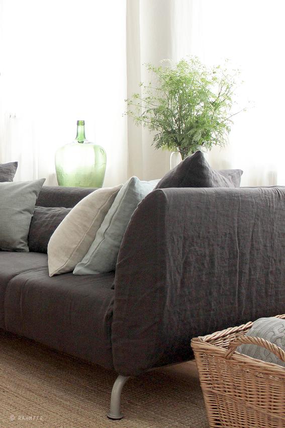 Raumfee des schweden neue kleider for Sofa schweden