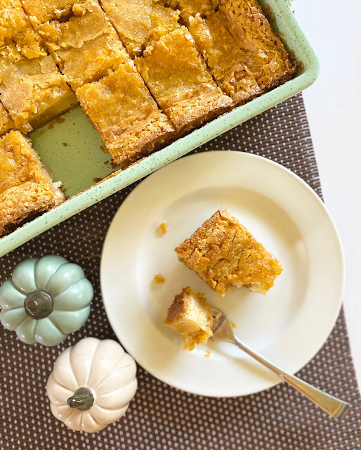ooey gooey pumpkin butter bars