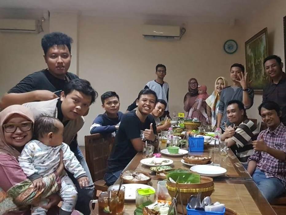 Makan di Restoran Hingga Bakar Ikan, Begini Meriahnya Gathering KeAMaT di Semarang