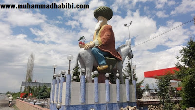 Humor Sufi: Jangan Terlalu Dalam   Nasruddin Hoja