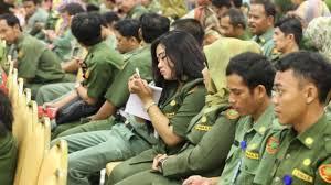 Pimpinan DPR Dorong Moratorium PNS Dicabut