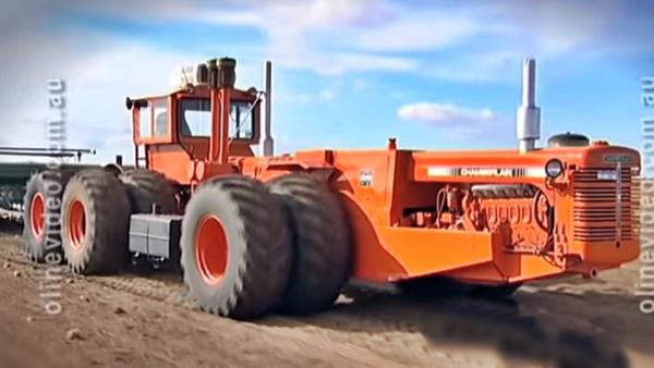 CHAMBERLAIN Trator 12 rodas