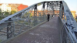 Un puente por el que han pasado millones de personas