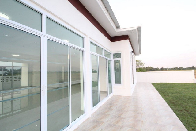 Are you planning to build a new house? Check of these 3 beautiful modern house designs and you might get some ideas. These houses have 3 bedrooms, 2 bathrooms, kitchen, and a living room to be built under 143 square meters of living space.