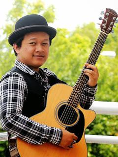 Amir Jahari - Aku Juga Manusia MP3