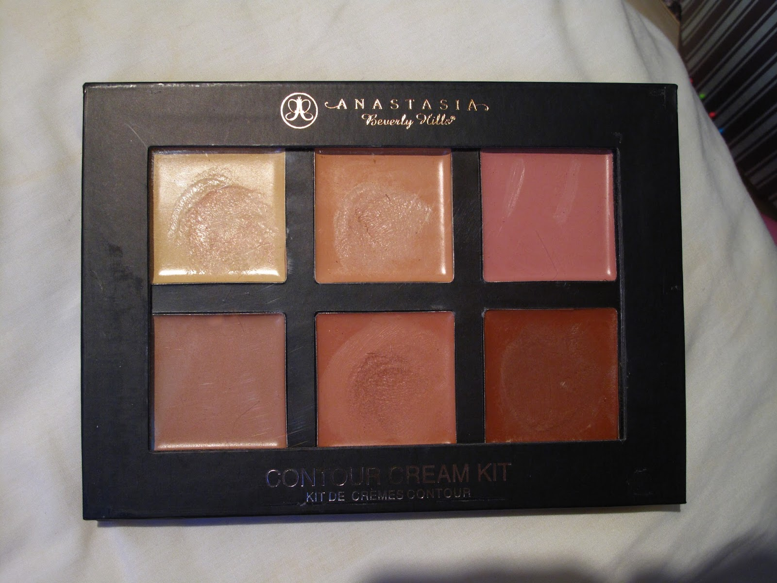 Anastasia Contour Cream Kit in Light Php 250
