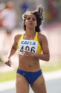 Atleta olímpica Rosemar Coelho realiza projeto em Miracatu