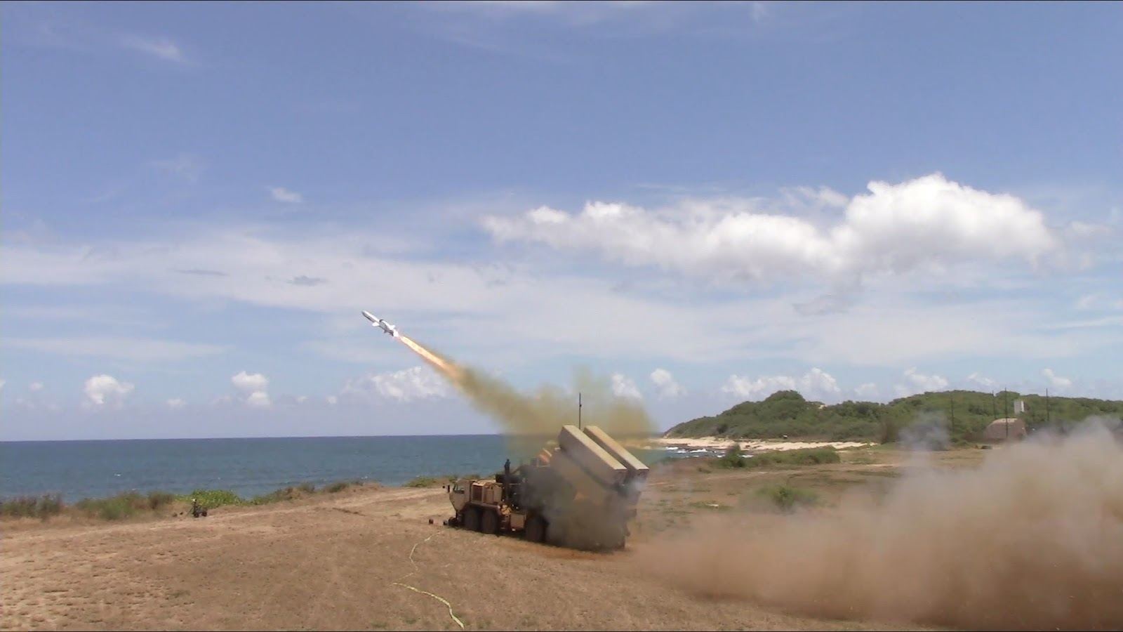 США схвалили продаж Румунії берегових ракетних комплексів