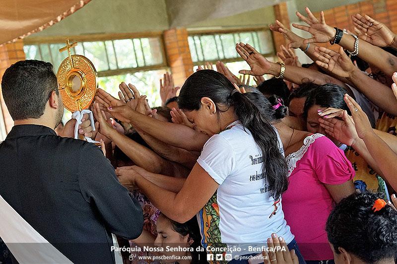 mulheres de fe benfica