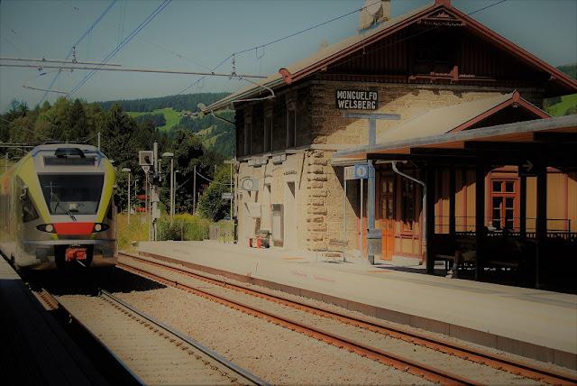 Passeio em Comboio de Dolomiti e Renon