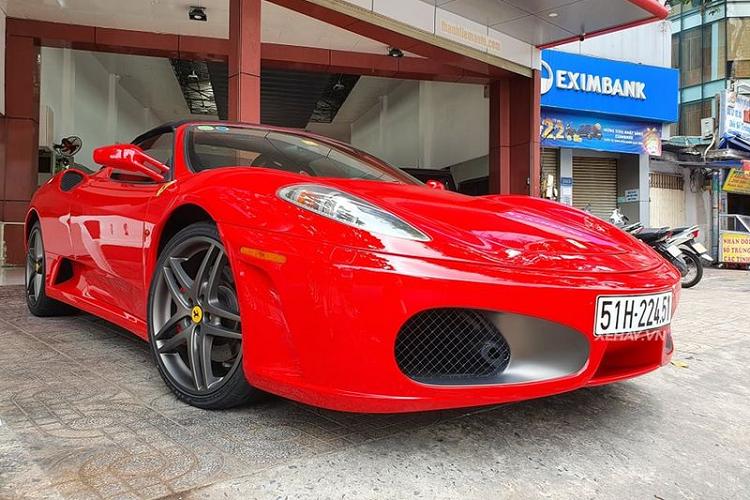 Mục sở thị Ferrari F430 Spider được 'Dũng mặt sắt' đưa về Việt Nam