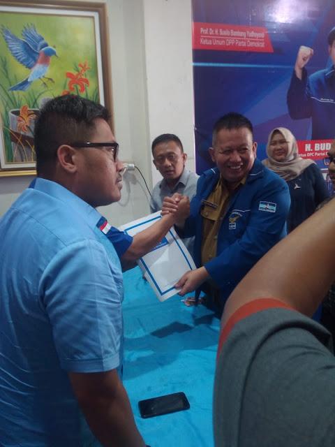 Saya akan memaksimalkan semua potensi yang ada, apalagi saya kader asli dari partai Demokrat Bandar Lampung, saya berharap Partai Demokrat Kota Bandar Lampung bisa mengusung kadernya sendiri untuk maju.
