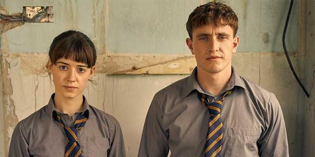 Daisy Edgar-Jones y Paul Mescal en 'Normal People'