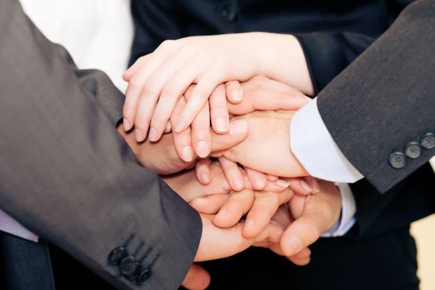 تحميل افضل صيغة عقد تعديل شركة تضامن بتنازل احد الشركاء عن حصته لغيره.