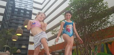 Hospedagem Hot Beach Resort com Crianças
