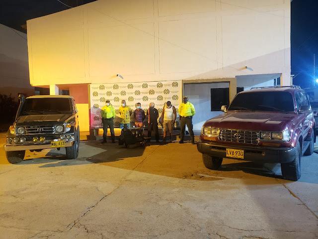 hoyennoticia.com, En Maicao: 4 capturados y 2 carros recuperados en la caleta de 'Los Galenos'