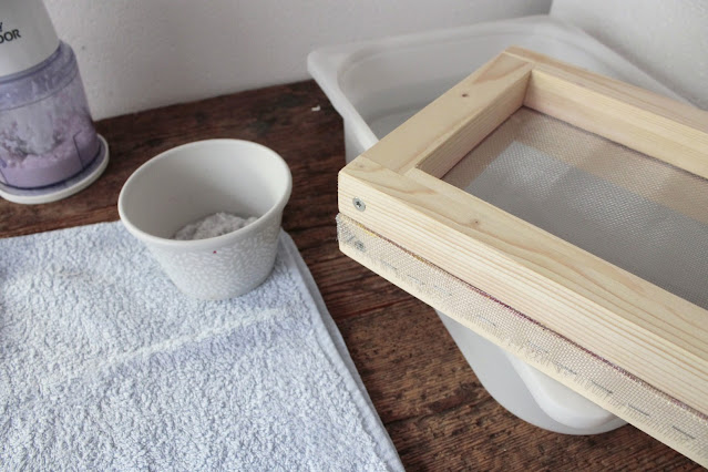 come-fare-fogli-carta-riciclata-tutorial