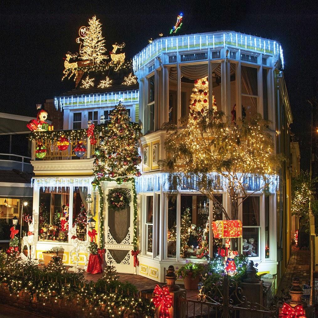 Balboa Island Christmas