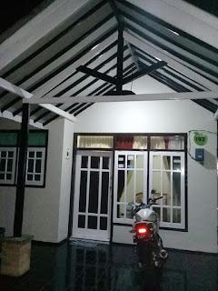 2 Homestay Berjajar Di Batu Malang