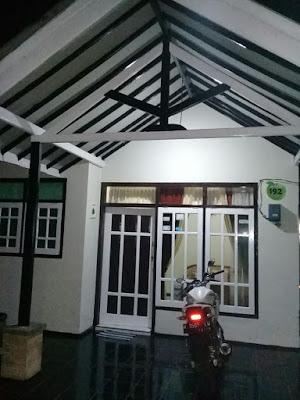 http://www.homestaybatuapel.com/2018/07/homestay-di-kota-batu-malang-2-homestay.html