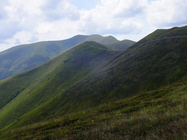 Вид на хребет в направлении горы Стой