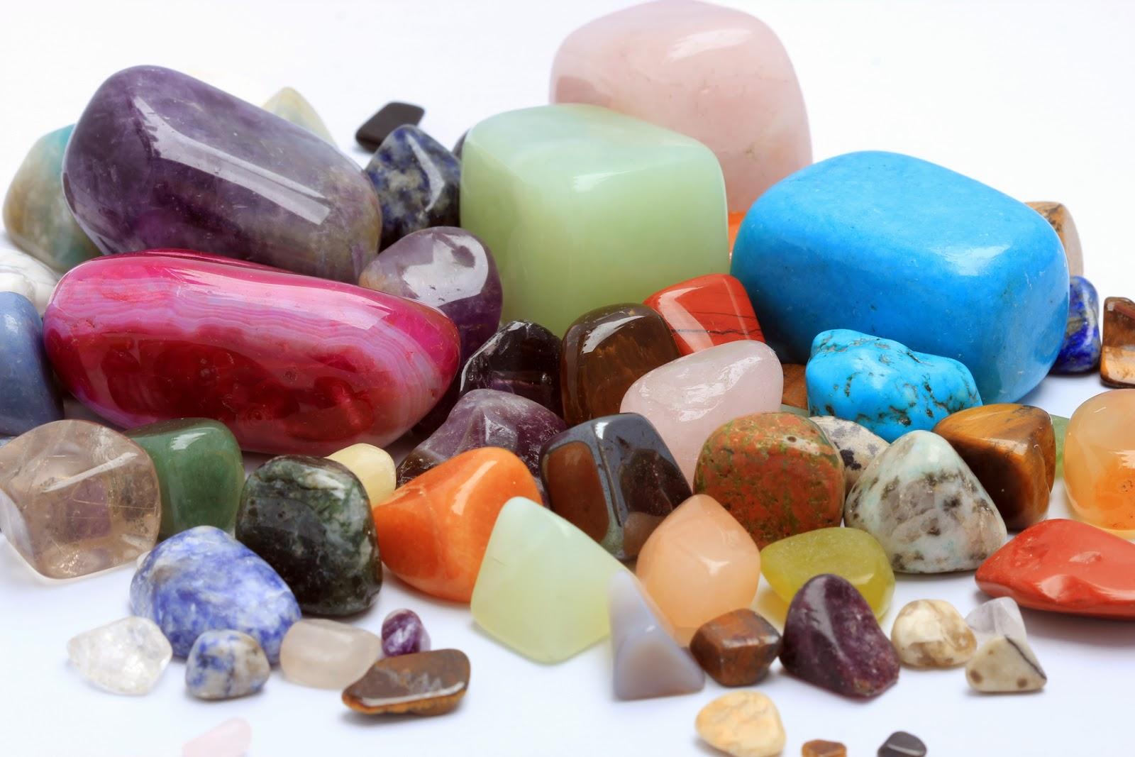 527a32287 Všechny polodrahokamy a minerály lze naprogramovat tak, aby podpořily svou  energií váš záměr či přání